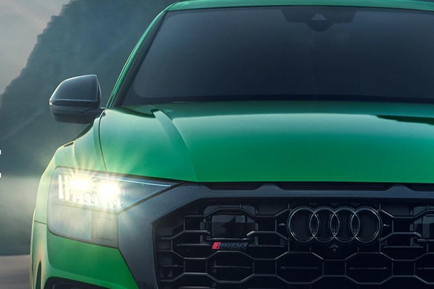 RS Q8 मध्ये सात वेगवेगळ्या प्रकारचे ड्राइव्ह मोड दिले आहे.  त्याचबरोबर कंपनीने कारमध्ये  स्पोर्ट सिट्स, आरएस-स्पेक फ्लॅट बॉटम स्टियरिंग व्हिल दिले आहे. या गाडीची किंमतही  2  कोटी असण्याची शक्यता आहे.