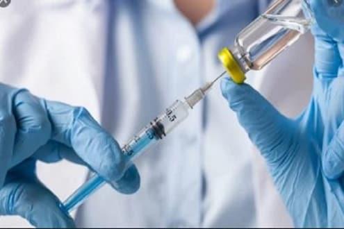 Covid 19 Pfizer-BioNTech vaccine : भारतात आपात्कालीन वापरासाठी मागितली परवानगी
