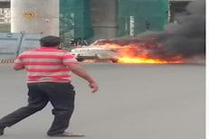 PHOTOS : मुंबईतील रस्त्यावर अचानक 'स्कॉर्पियो'ने घेतला पेट, पाहा PHOTOS