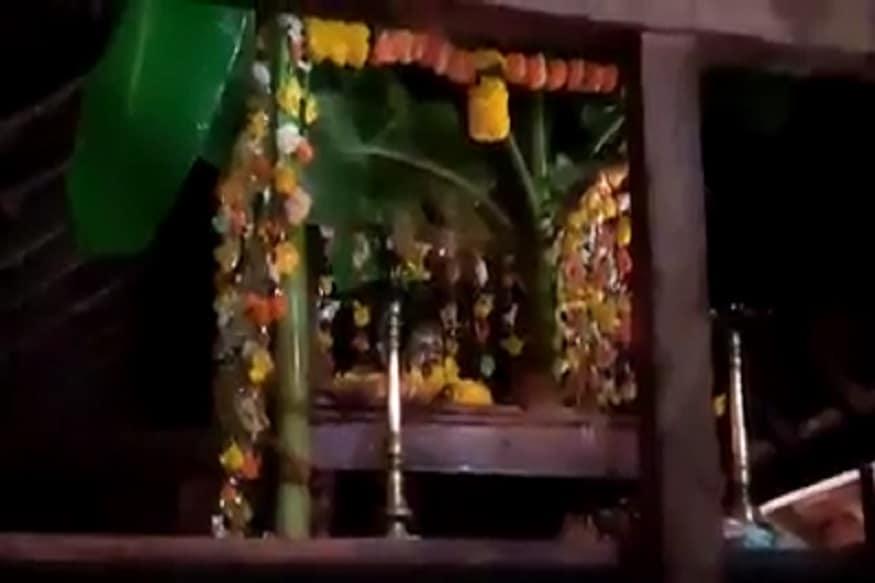 श्रावण महिन्यात मोठ्या भक्तिभावाने कोकणातील मंदिरातून नाम सप्ताह पार पडतो. परमेश्वराच्या नामस्मरणात, भजनात, अभंगात लहानांपासून मोठ्यांपर्यंत सर्वच तल्लीन होतात.
