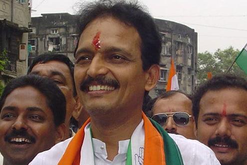 महाराष्ट्र राजभवनाचं RSS शाखा किंवा BJP कार्यालय म्हणून नामकरण करावे का?
