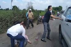 भाजपचे नेते गिरीश महाजनांच्या गाडीला अपघात, आरोग्यसेवक गंभीर जखमी