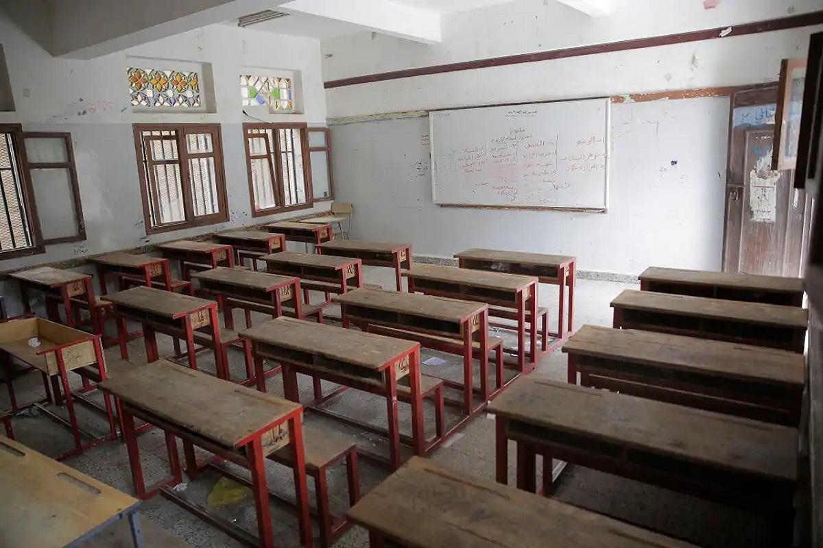 शाळा आणि कोचिंग क्लासेस सुरू करायचे ही नाही, याचा निर्णय राज्य सरकारवर सोपवण्यात आला आहे.