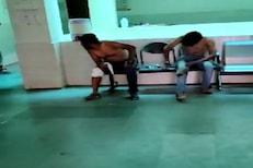 रुग्ण तडफडतोय...पण हॉस्पिटलमध्ये डॉक्टरच नाहीत, धक्कादायक VIDEO समोर