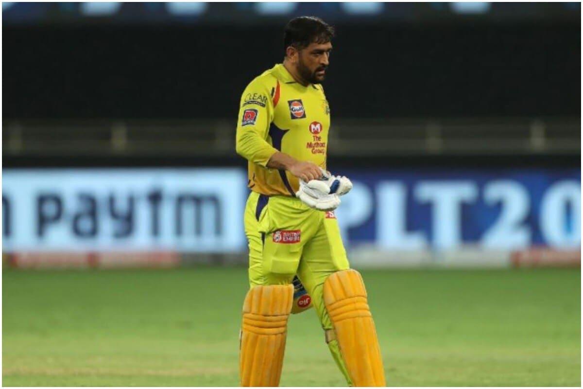 राजस्थानविरुद्धच्या मॅचमध्ये चेन्नईला आणखी एका पराभवाचा सामना करावा लागला. पण या मॅचमध्ये चेन्नईचा कर्णधार एमएस धोनीने खास विक्रम स्वत:च्या नावावर केला. धोनीची ही 200वी आयपीएल मॅच होती. हा विक्रम करणारा तो पहिला क्रिकेटपटू बनला आहे.