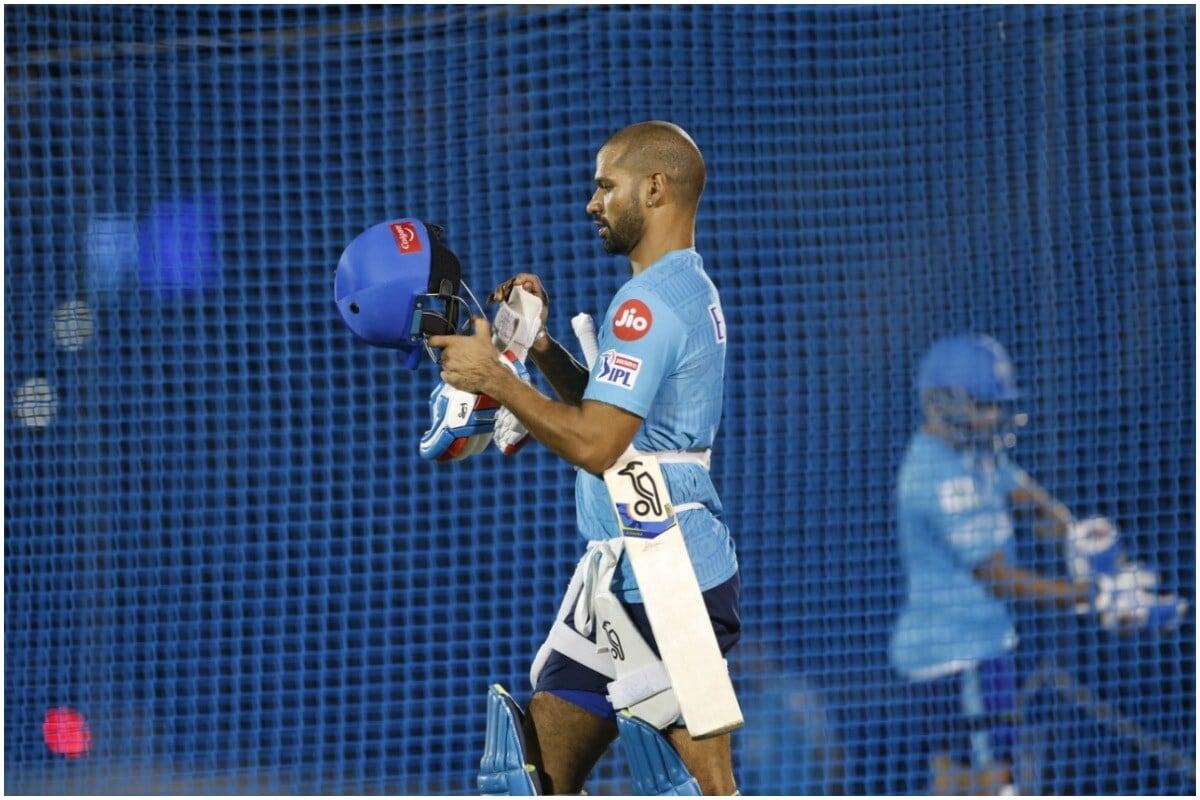 धवनने 20 ऑक्टोबर 2010 साली ऑस्ट्रेलियाविरुद्ध वनडे क्रिकेटमधून आंतरराष्ट्रीय क्रिकेटमधून पदार्पण केलं होतं. आतापर्यंत धवनने 136 वनडे मॅचमध्ये 5,688 रन केले आहेत. धवनचा सर्वाधिक स्कोअर 143 रन आहे.