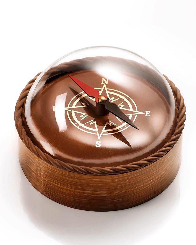 चॉकलेट्सचंच दिशादर्शक यंत्रही त्यानं बनवलं. (फोटो सौजन्य -amauryguichon/इन्स्टाग्राम)