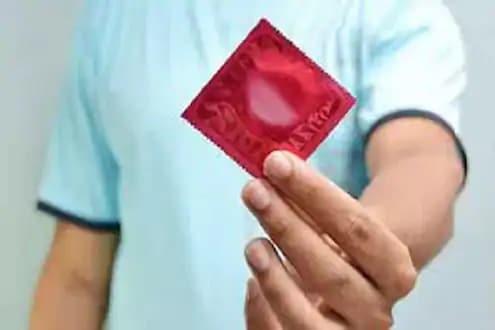 अतिशहाणपणा करून सेक्सपूर्वी Condom ला केला छेद; बलात्काराच्या गुन्ह्याखाली 4 वर्षांची झाली जेल