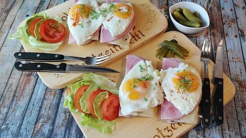 चुकूनही अंड्यांबरोबर खाऊ नका 'हे' पदार्थ; होईल अॅलर्जी