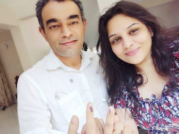रुपा यांचे पतीही आयपीएस अधिकारी आहेत.2003 मध्ये त्यांनी मुनीष मुद्गल यांच्याशी लग्न केलं. त्यांना दोन मुलंही आहेत. त्या दोघांची नावं अनागा आणि रोषिल अशी आहेत.