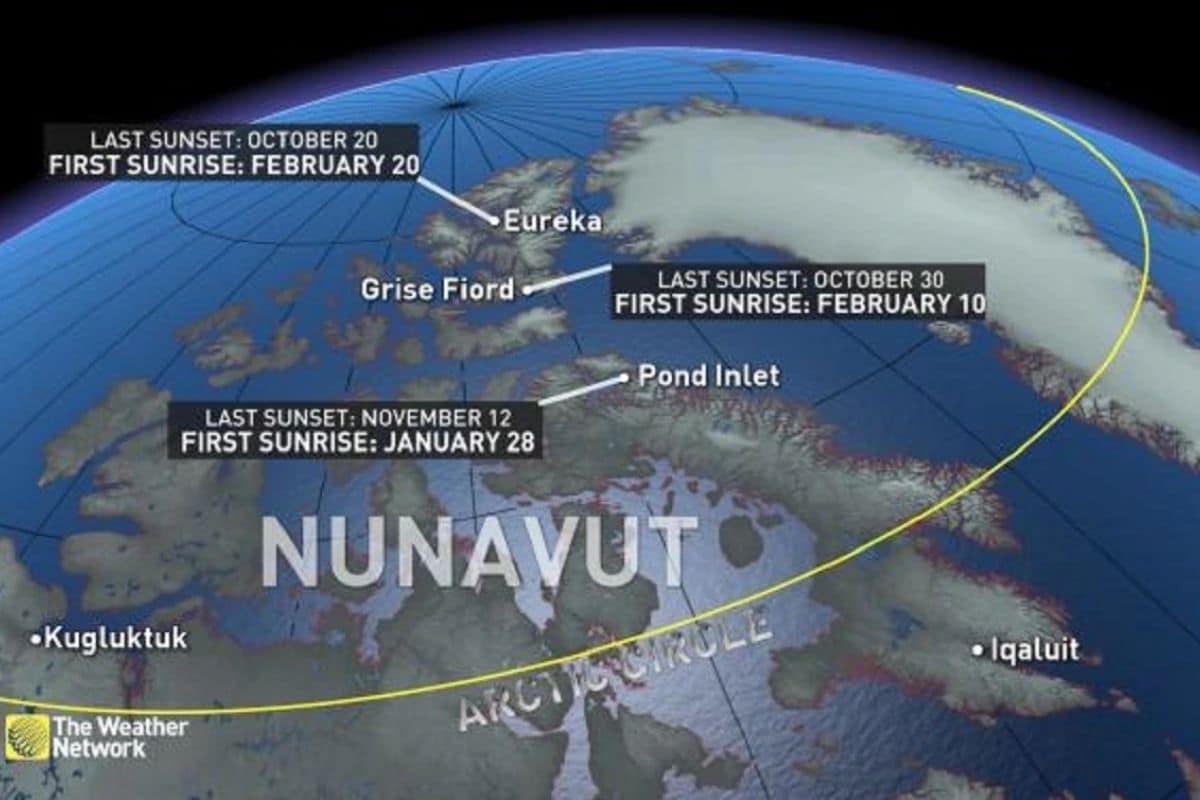 'द वेदर नेटवर्क' च्या एका रिपोर्टनुसार 18 नोव्हेंबर रोजी अलास्कामध्ये शेवटचा सनसेट झाला आहे. आता येथे 23 जानेवारी रोजी सुर्योदय होईल. सध्या येथील नागरिकांनी नुकताच शहरावर आधारित एक चित्रपट पाहून रात्र होण्याचा आनंद साजरा केला आहे. (Photo: WeatherNetwork)