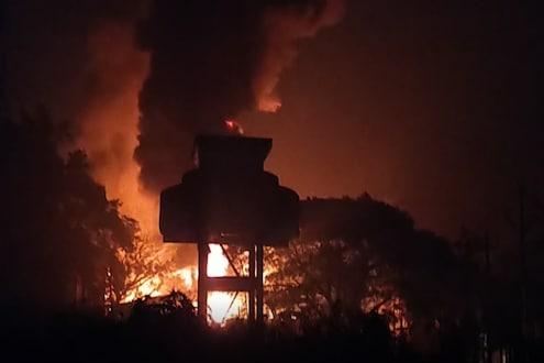 कामगार साखर झोपेत असताना रासायनिक लघु उद्योगात स्फोट, आगीची भीषणता दाखवणारा VIDEO