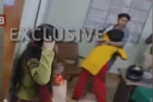 प्रियकरासाठी केला उपवास, कुटुंबीयांनी पोलिसांसमोरच मुलीला केली बेदम मारहाण, पाहा Exclusive VIDEO