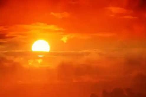 Solar Eclipse 2020: वर्षातलं शेवटचं सूर्यग्रहण आज, किती वाजता आणि कुठे पाहता येणार जाणून घ्या