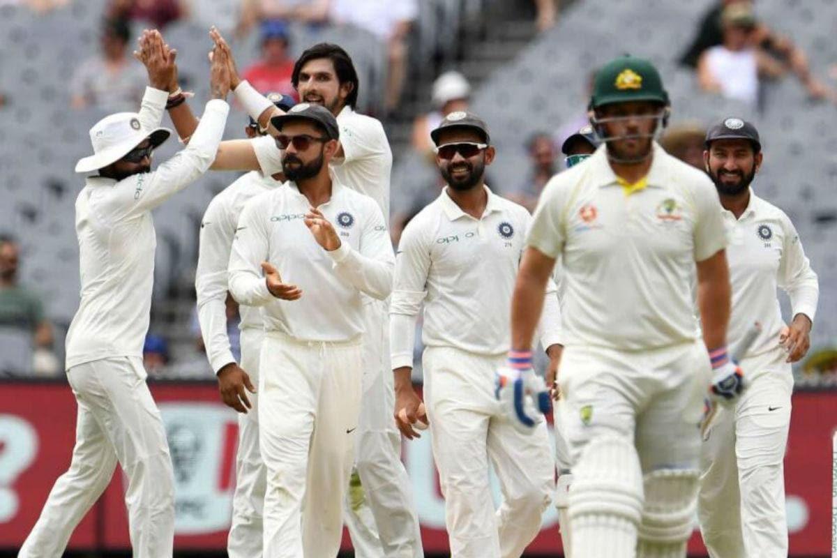 भारत आणि ऑस्ट्रेलिया (India vs Australia) यांच्यातल्या पहिल्या टेस्टला 17 डिसेंबरपासून ऍडलेडमध्ये सुरुवात होत आहे, पण त्याआधी टीम इंडियाला आणखी एक धक्का लागला आहे. आधीच रोहित शर्मा आणि इशांत शर्मा टीममध्ये दुखापतीमुळे नाहीत.