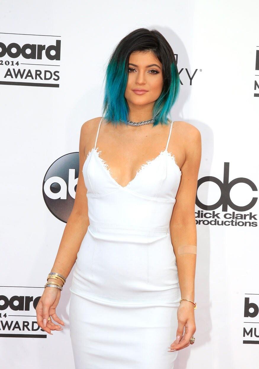 लास वेगासमध्ये 2014 मध्ये झालेल्या Billboard Music Awards सोहळ्यातील Kylie चा हॉट अंदाज (फोटो सौजन्य- Reuters)
