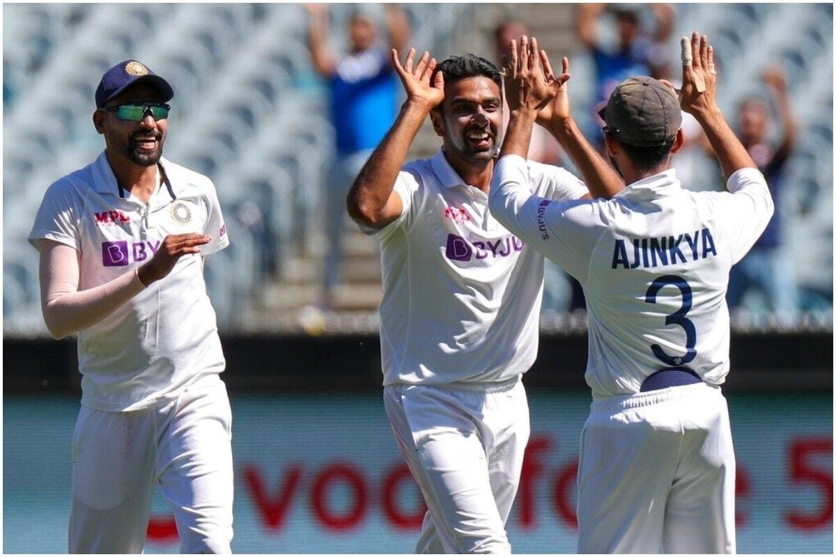 रहाणेच्या नेतृत्वात खेळणाऱ्या भारतीय टीमने या टेस्टमध्ये दमदार कामगिरी केली. भारतीय बॉलरनी ऑस्ट्रेलियाला पहिल्या इनिंगमध्ये 195 रनवर रोखलं. यानंतर अजिंक्य रहाणेने शतक करत भारताला 326 रनपर्यंत पोहोचवलं. रविंद्र जडेजाची ऑल राऊंड कामगिरी, तसंच जसप्रीत बुमराह, अश्विन, मोहम्मद सिराज यांच्या भेदक बॉलिंगपुढे कांगारूंनी लोटांगण घातलं. (PIC : AP)