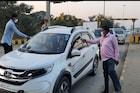 COVID-19: गुजरातमधून महाराष्ट्रात येणाऱ्या नागरिकांची तपासणी हा फक्त देखावाच?