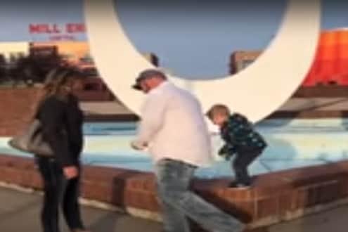गर्लफ्रेंडला प्रपोज करत होते बाबा; चिमुरड्यानं पँट काढली आणि... VIDEO पाहाल तर हसू आवरणार नाही