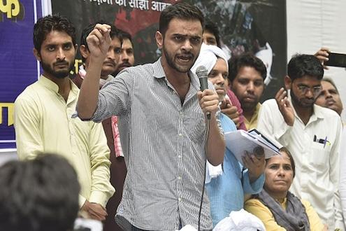 दिल्ली हिंसाचार: उमर खालिदवर चार्जशीट दाखल, वाचा काय आहेत आरोप