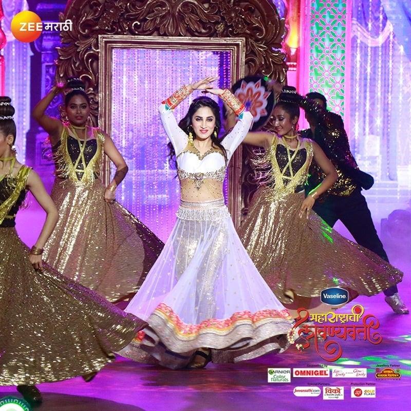 स्मिता गोंदकर आपल्या नृत्यातील दिलखेचक अदा दाखवणार आहे.(फोटो सौजन्य - झी मराठी)