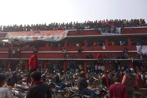 क्रिकेट सामन्यादरम्यान शाळेचं छत कोसळून अपघात; 10 विद्यार्थी जखमी
