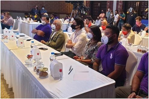 IPL Auction 2021: शाहरुखच्या मुलाकडेही आहे जबाबदारी, लिलावात पहिल्यांदा दिसला आर्यन
