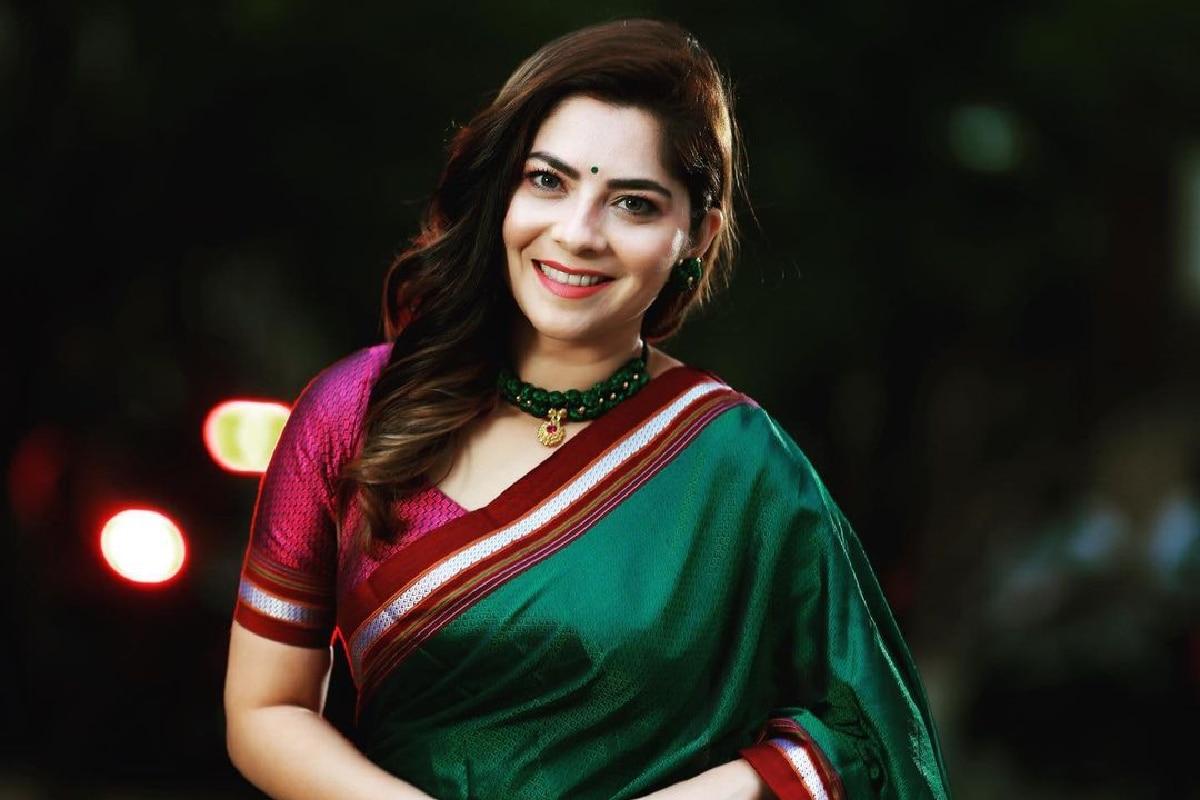 Sonalee Kulkarni movie on Maharani Tarabai