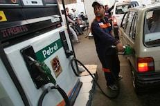 आर्थिक फटका सहन करण्यासाठी तयार राहा! पेट्रोल 5 रुपये/लीटरने महागणार- रिपोर्ट