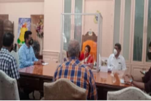 मातोश्रीतून मुंबईतील शिवसेना नगरसेवकांना खास आदेश