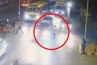 Mansukh Hiren सचिन वाझेंच्या गाडीत बसतानाचा VIDEO आला समोर