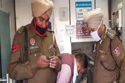 22 लाख रोकड असलेलं ATM चोरट्यांनी केलं गायब; पोलिसांच्या शेजारीच घडला धक्कादायक प्रकार