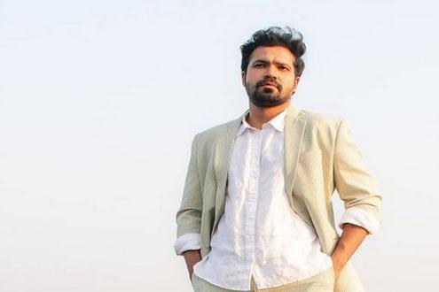 'मला अचानक पाठीमागून धरलं आणि...' अभिनेता सुव्रत जोशीने सांगितला Shocking अनुभव