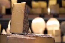 Cheese प्रेमींचा 'किंग':आतापर्यंत खाल्लं 7,280 किलो चीज, तरीही आहेत 8 पॅक अॅब्ज