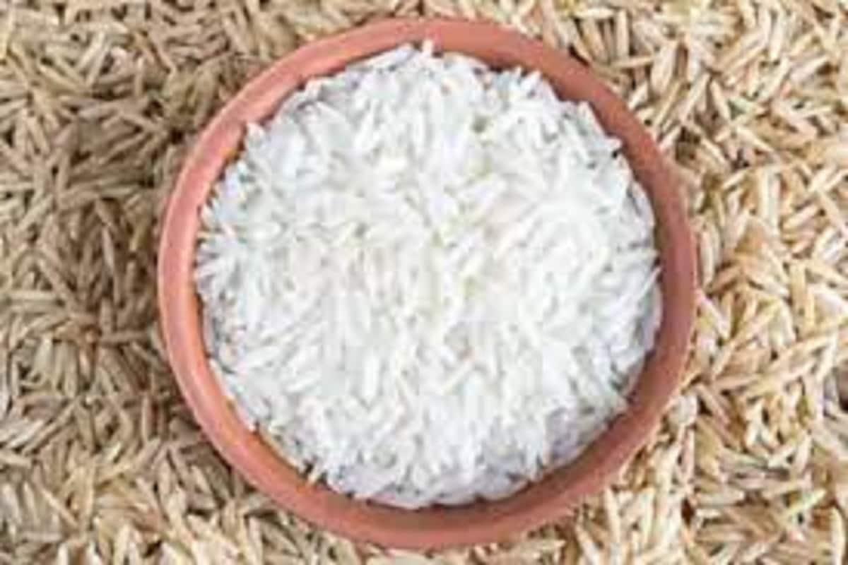 अन्न सुरक्षा योजनेतील लाभार्थ्यांना एक महिना प्रति व्यक्ती 2 किलो तांदूळ आणि 3 किलो गहू मोफत