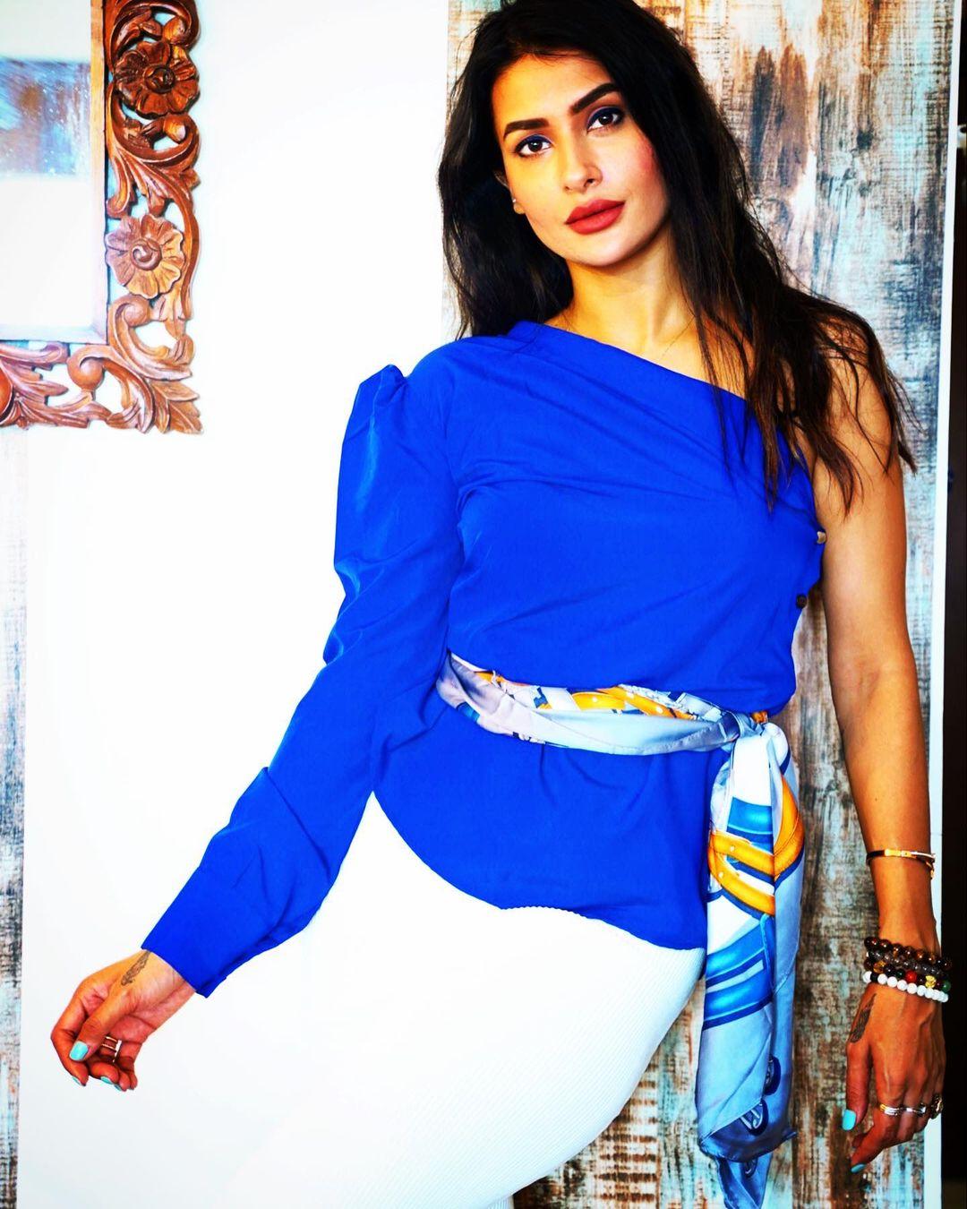 पवित्रानं अलिकडेच फ्री प्रेसला दिलेल्या मुलाखतीत तिच्या बेरोजगारीचं कारण सांगितलं. तिनं मनोरंजन क्षेत्रातील अश्लीलतेला जबाबदार धरलं आहे. (Pavitra Punia/Instagram)