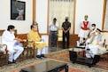 मराठा आरक्षण: मुख्यमंत्री उद्धव ठाकरे आणि मंत्रिमंडळ राज्यपालांच्या दारी