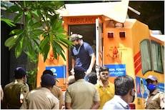 क्रिकेटच्या देवाची मुंबईसाठी 'बॅटिंग', गरजूंच्या मदतीला धावला सचिन!