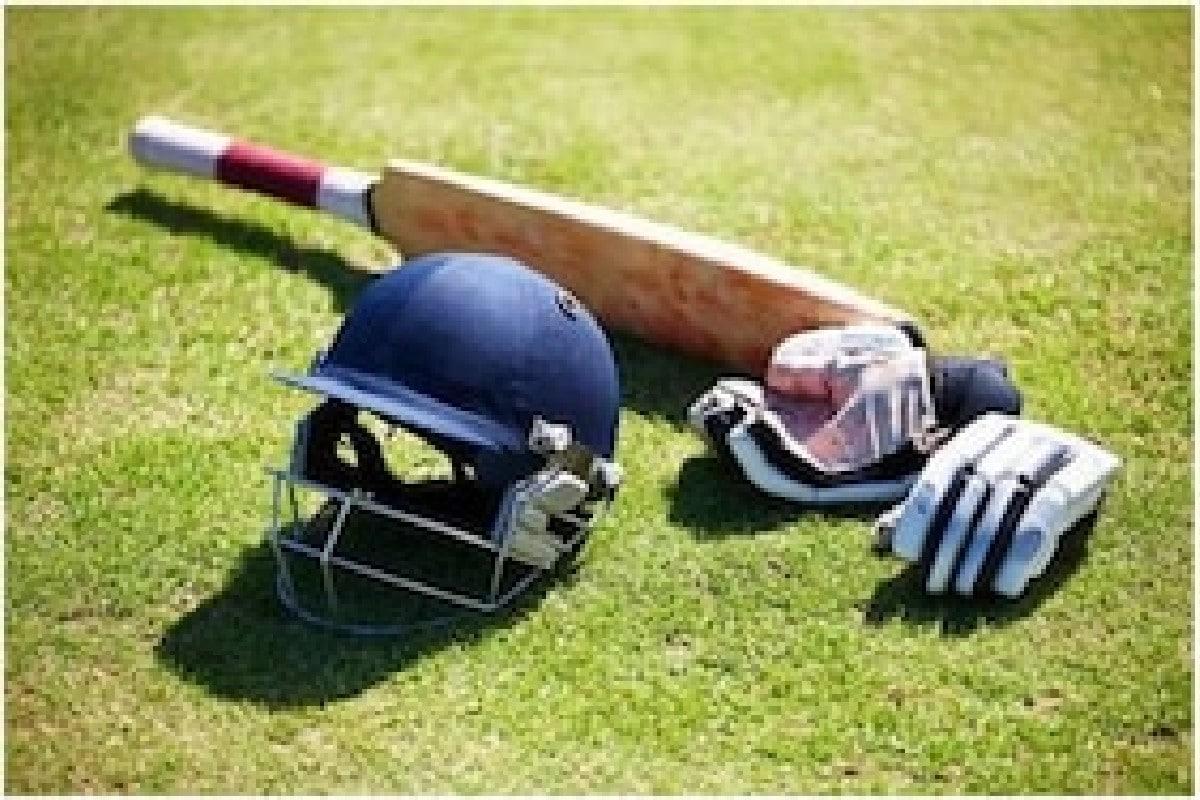 'लांब केस कापा, मातृभाषा शिका', कोच होताच भारतीय क्रिकेटपटूचे आदेश