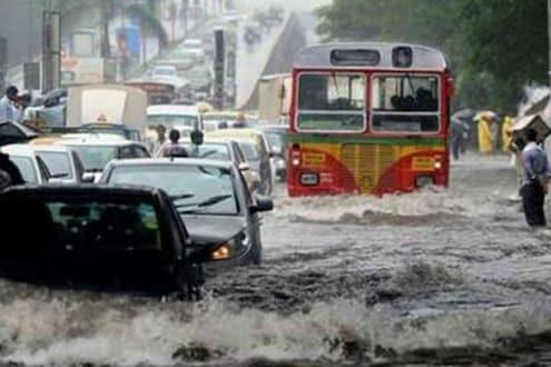 Explainer: यंदा जून महिन्यातच अनेक ठिकाणी Red Alert; महाराष्ट्रात मॉन्सूननं का धारण केलंय भयंकर रूप?