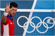 Olympics 2020 : जोकोविचचं 'इतिहास पुरुष' बनण्याचं स्वप्न तुटलं, ज्वेरेवचा धक्का