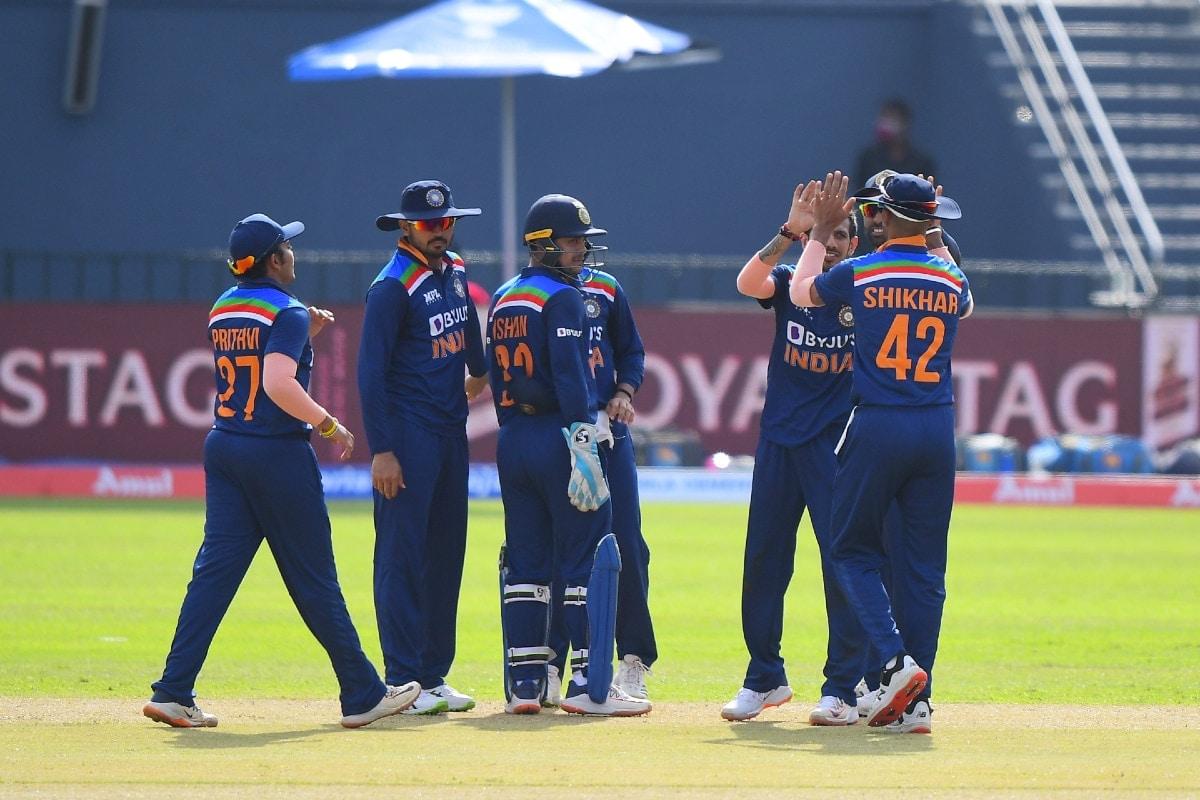 IND vs SL : मुंबई इंडियन्सच्या दोघांमध्ये रेस, T20 वर्ल्ड कपसाठी महत्त्वाचे