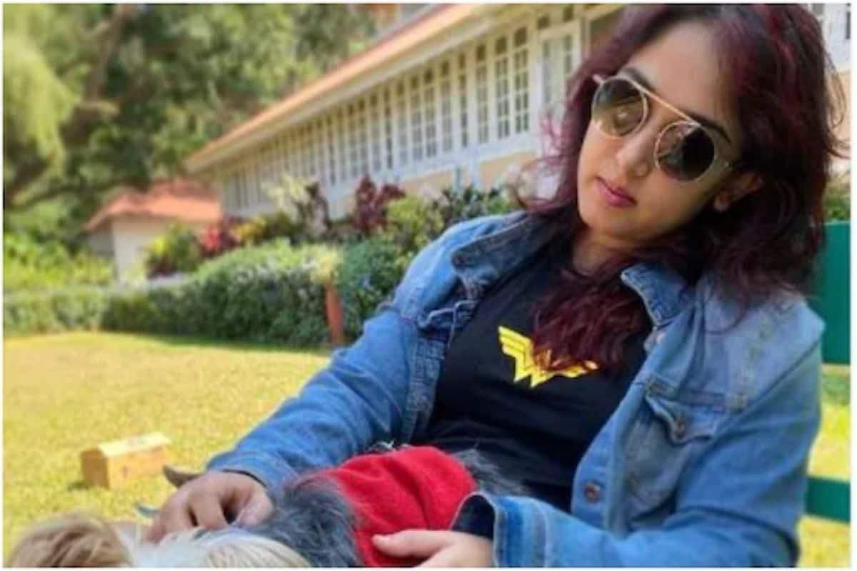 सिगारेट आणि लायटरमुळे आमिर खानची मुलगी ट्रोल; तो फोटो शेअर करून म्हणाली...