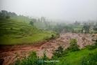सातारा जिल्ह्यात भूस्खलन, अख्खं गाव हलवण्याचे आदेश; ग्रामस्थांमध्ये घबराट