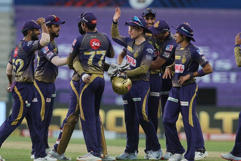 IPL 2021 : ना कोणाचा विश्वास, ना कोण बोलतं, KKR च्या दिग्गजाची आपल्याच टीमवर तोफ