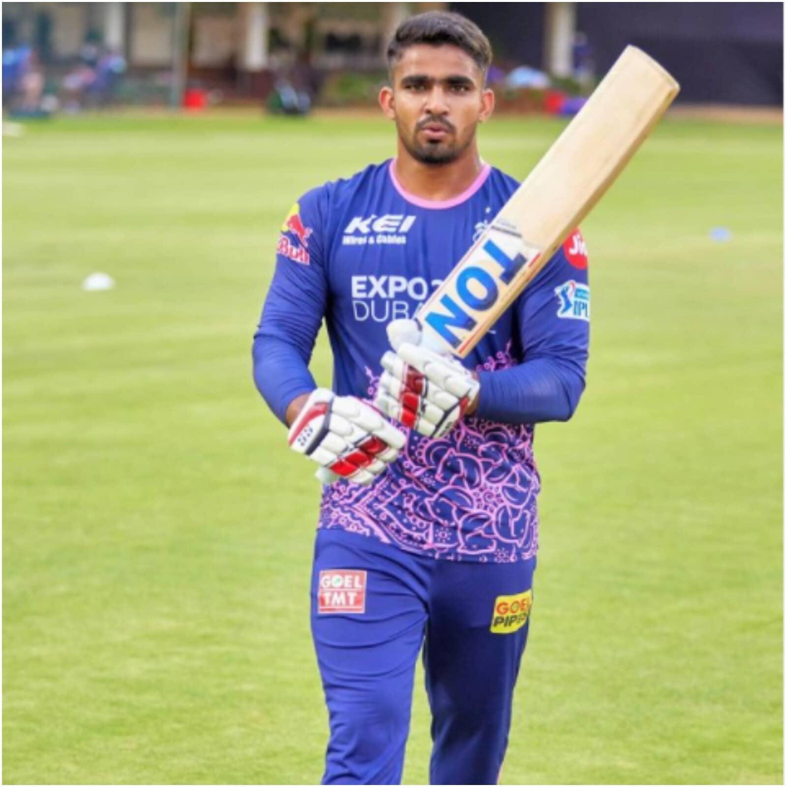 IPL 2021 : भारताचा 'क्रिस गेल', आजीने धोपाटण्याने बनवलं क्रिकेटपटू