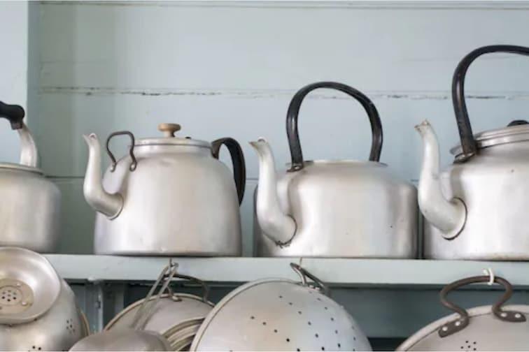 Utensils In Kitchen : स्वयंपाकघरात वापरू नका 'ही' भांडी; आरोग्याला ठरतात घातक