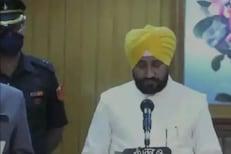 चरणजीत चन्नी बनले पंजाबचे नवे मुख्यमंत्री, 2उपमुख्यमंत्र्यांसह घेतली CMपदाची शपथ