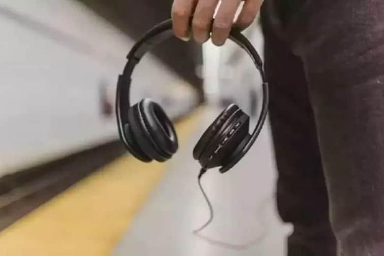 सतत Bluetooth किंवा Wireless Headphonesचा वापर करताना सावधान,होऊ शकतो गंभीर आजार
