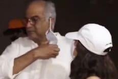 जान्हवी कपूरनं वडिलांना फोटोग्राफर्ससमोरच खडसावलं! काय कारण होतं, पाहा VIDEO